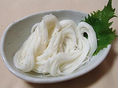 山芋の千切りよりも更に細い、山芋素麺。