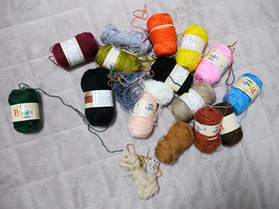 手持ちの毛糸でなんとかなればいいと思う