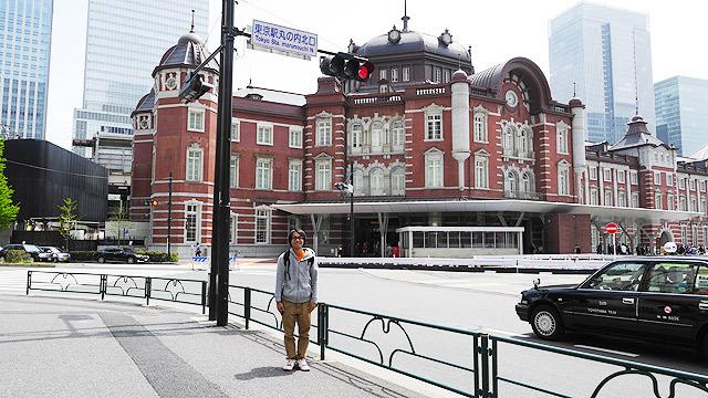 次は東京駅から日本橋へ