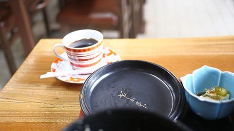 コーヒーがついてくる。さか本の情け