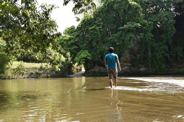 水の上を歩いてきました