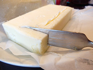 クリームチーズのように柔らかいのですよ。この写真、いやらしくないですか?