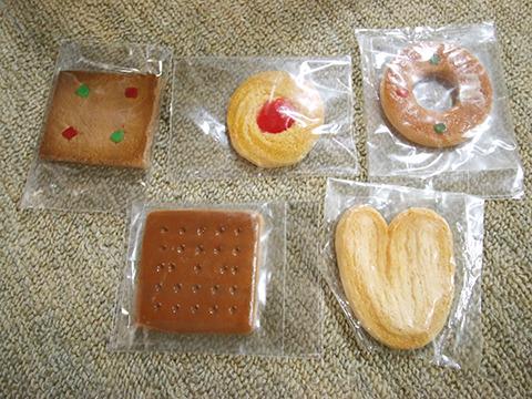 普通に美味しそうなクッキー。工作精度高いな!