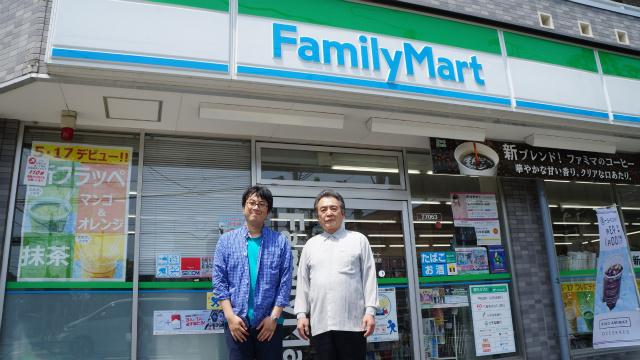 あのチャイムの作曲者、稲田康さんと記念撮影