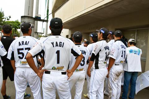 まさに、会いに行けるプロ野球