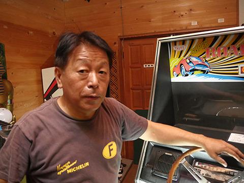 日本ゲーム博物館の館長。辻哲朗さん。レトロなもののコレクターなのかな?と思ったらぜんぜんそうじゃなかった
