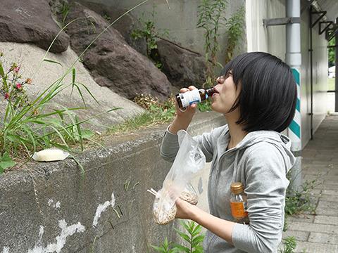 そのあとちょっと戻ってリポビタンDをまた飲む! まだ日本にこんな若者がいたとはのう…現代の荒くれがいた!