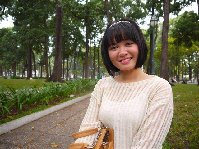 通訳として協力してくれるのは、こちらのヒゥちゃん。現地の日系美容院に勤める女の子。