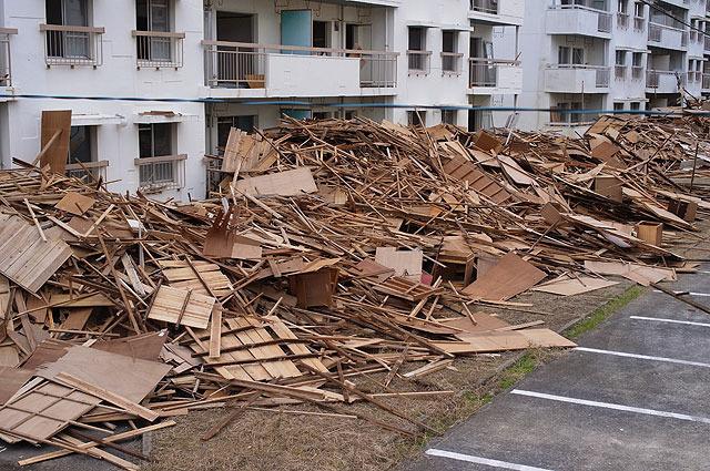 一階部が埋まるほどの山になっている。