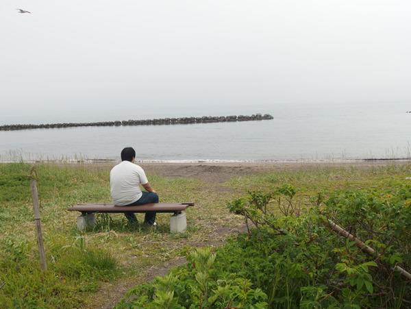 ベンチがあったのでそこで休憩。遠くまで来たなと思い返す。