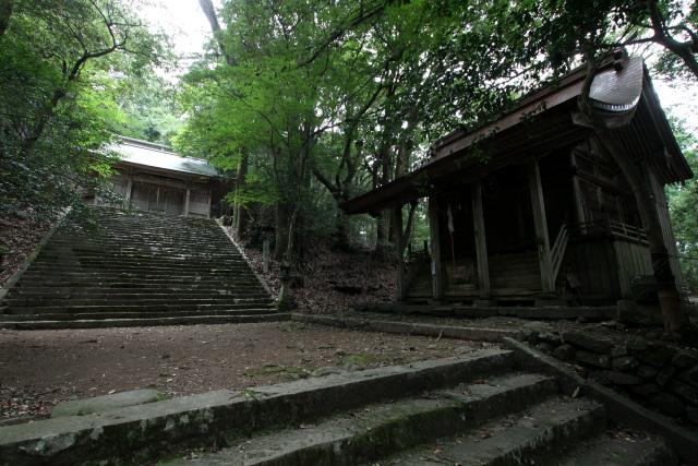 国玉神社の中宮に到着した
