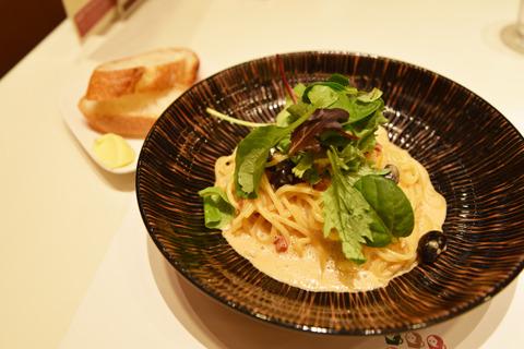 なお、売店横にはカフェも併設されていて、京都の食材を使った料理が味わえる。丹波黒豆を使ったパスタがおいしかった