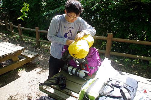 バズーカ―のような望遠レンズを持ってやってきたバズーカー伊藤さん。