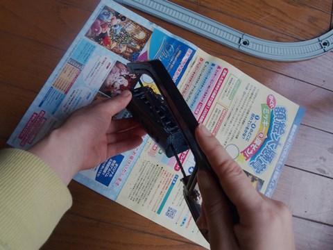 慣れない糸鋸と格闘。よく手切らなかったな自分。