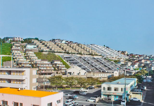 小倉の斜面住宅。ここもいつか中におじゃましてみたい。場所はここ。