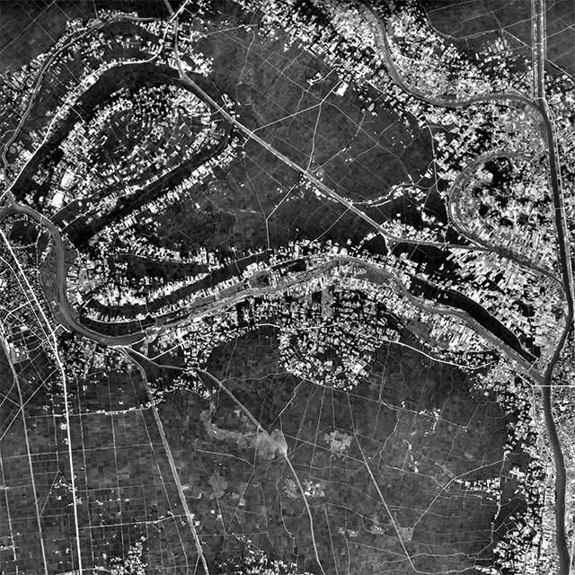 上の地図と同じ範囲の1947年の様子。レイクタウンが影も形もないのは当然として、この川筋のぐにゃぐにゃっぷりはどうだ。すごい。(国土地理院「地図・空中写真閲覧サービス」より・コース番号・M399/写真番号・24/撮影年月日・1947/08/11(昭22))