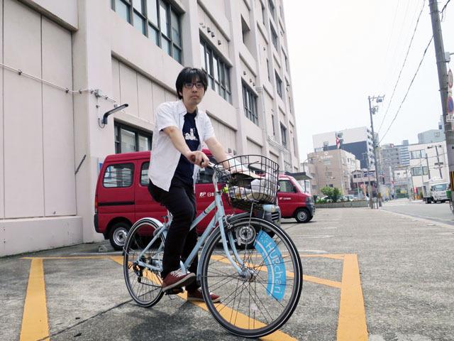 さすがに取集車に乗ることはできないため、今回は自転車で付いていく作戦にした