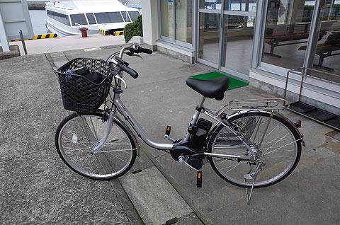 電動自転車をレンタル。4時間500円。1日1000円。