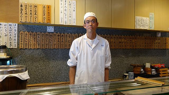 回転してないお寿司屋さんです。