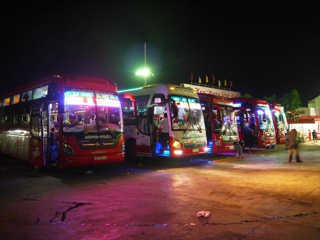 移動手段は夜行バス、私の前回の記事で詳しく書いてあるので良かったら読んでね。