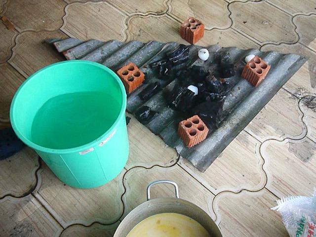 ※木炭は濡れたら基本的に終わりです。