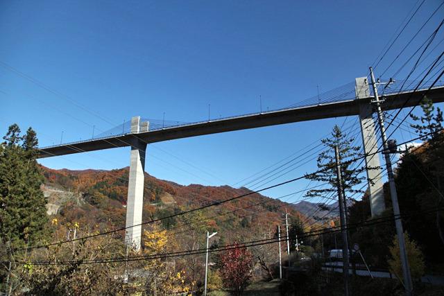 工事中よくテレビに映っていた橋は開通してた