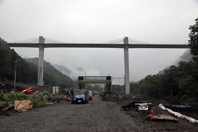ダム好きだしダムの効果も実感しているとは言え、そうだよなーダムを造るってこういうことだよなー、とじんわりくる光景