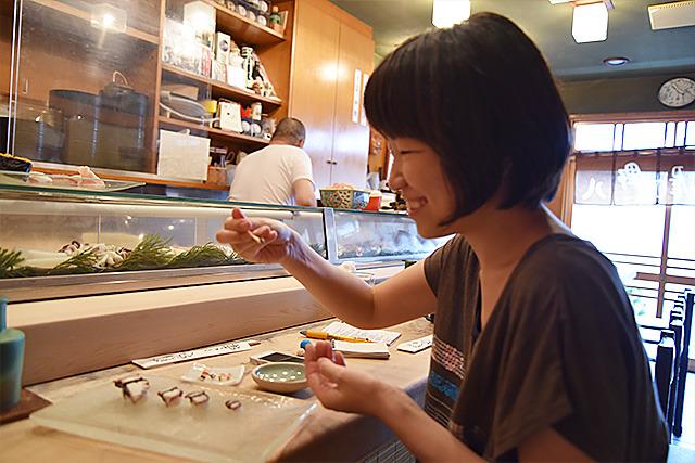 世界一小さいお寿司、いただきます!