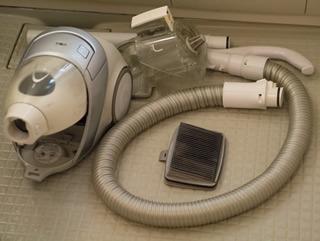 掃除機ではなく「吸い込む機械」だと思っている