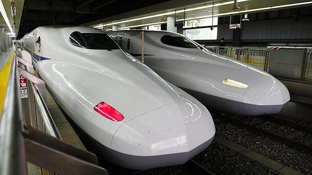 最後は新幹線のスピードを測ります!