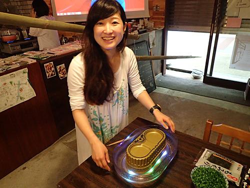 会長のほいじんがさんは写真NGとのことで、大阪支部長の金原みわさん。ブログを読むと、こりゃすごいなと思う気鋭のライター。