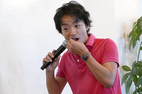 小説家の道尾秀介さん。なんと道尾さんは「毎朝プープーテレビを見てます」という。そして登場してすぐむかない安藤にピスタチオをむかずに食べさせられる悲運