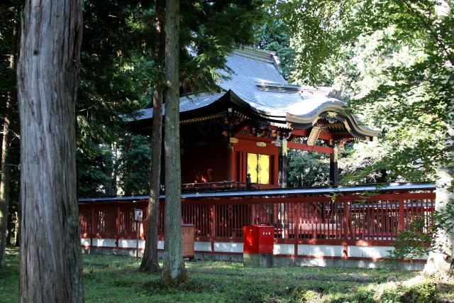 冨士御室浅間神社の里宮にある、かつての本宮本殿