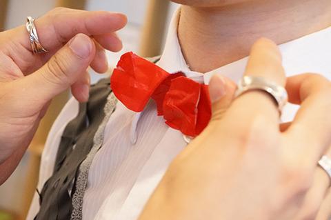 蝶ネクタイはマステさえあれば2分で作れるぞ。