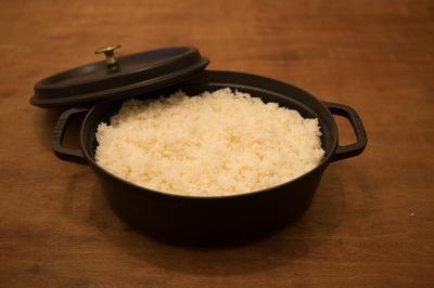 さあ、鍋一杯にご飯を炊いたら…