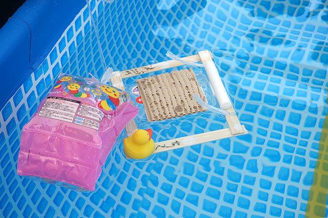 水中モーターの代わりに、ヒモで引っぱろうとしたらすぐ切れたから(ちくわ号(チームいしはら))
