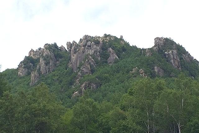 小川山は岩場がたくさんあって最高に楽しいです。