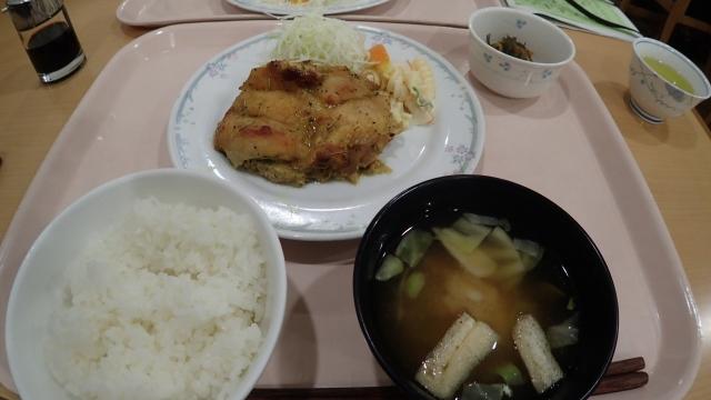 Bランチ(タンドリーチキン定食)