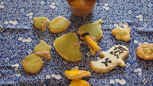 志賀直哉の短編小説『清兵衛と瓢箪』をアイシングクッキーで表現しました。