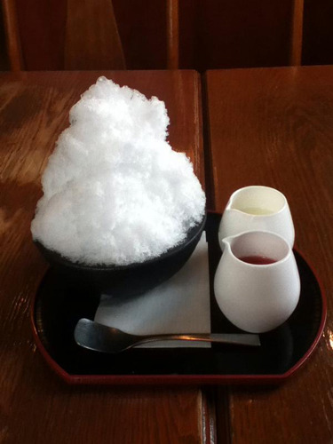 奥秩父天然水氷で作ったかき氷(ぴかっちさんより)