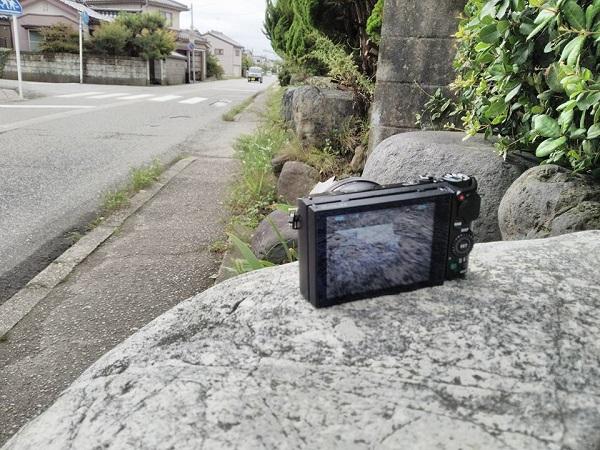 致命的だったのが、カメラの三脚を忘れたことだ。高さのある石などに置いて撮影しました。