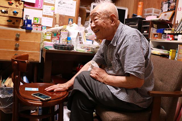 大阪の庶民が一番通った場所で本を売った。一番庶民を見てきた人でもあるのだ