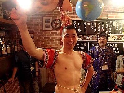 肉、食うぜ!以前と同じようにモンゴルの民族衣装やモンゴル相撲の衣装を着ることも出来ます。