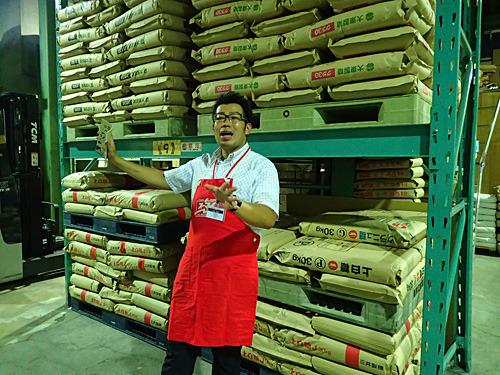 小麦粉に対する情熱は油の浮いたラーメンスープよりも熱い丸山さん。