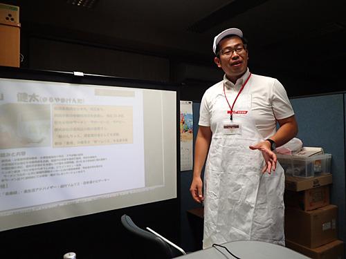 丸山さんの服装がさっきと違うのは、なんと2週に渡って講義してもらった話をまとめたからだよ。