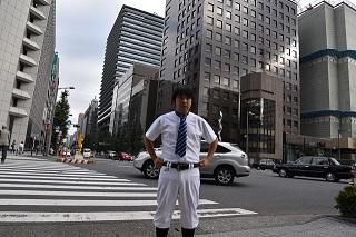 ネクタイもしてみたけど、どうにもならんな
