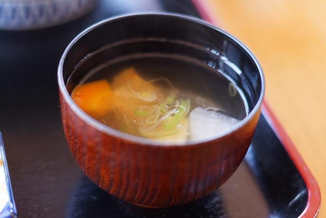 鮭料理の定番のひとつ、三平汁。