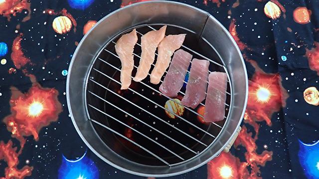 寿司ネタだけを燻製にする。確実に背景がおかしい。