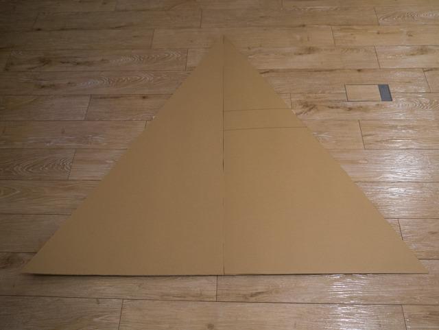 正三角形なので高さが120cmだと一辺は138.6cmである。
