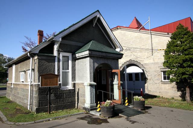 昭和9年(1934年)に建造された、創建当初の事務所